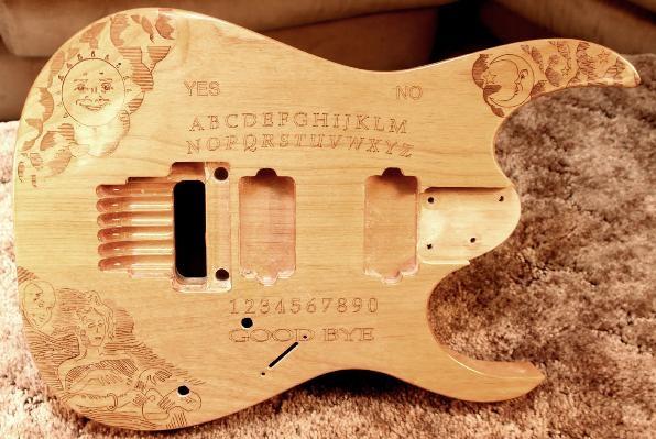 Гравировка на гитаре